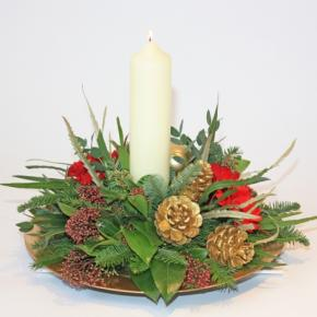 Red and Green Table Arrangement